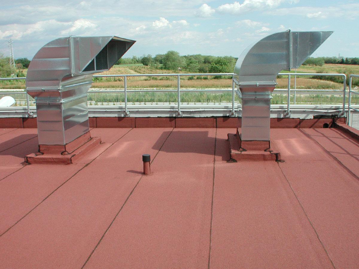 Impermeabilizzazione  e coibentazione con membrana bituminosa su terrazza stabilimento industriale